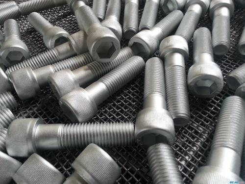 简析如何清洁不锈钢金属屏风表面结构!